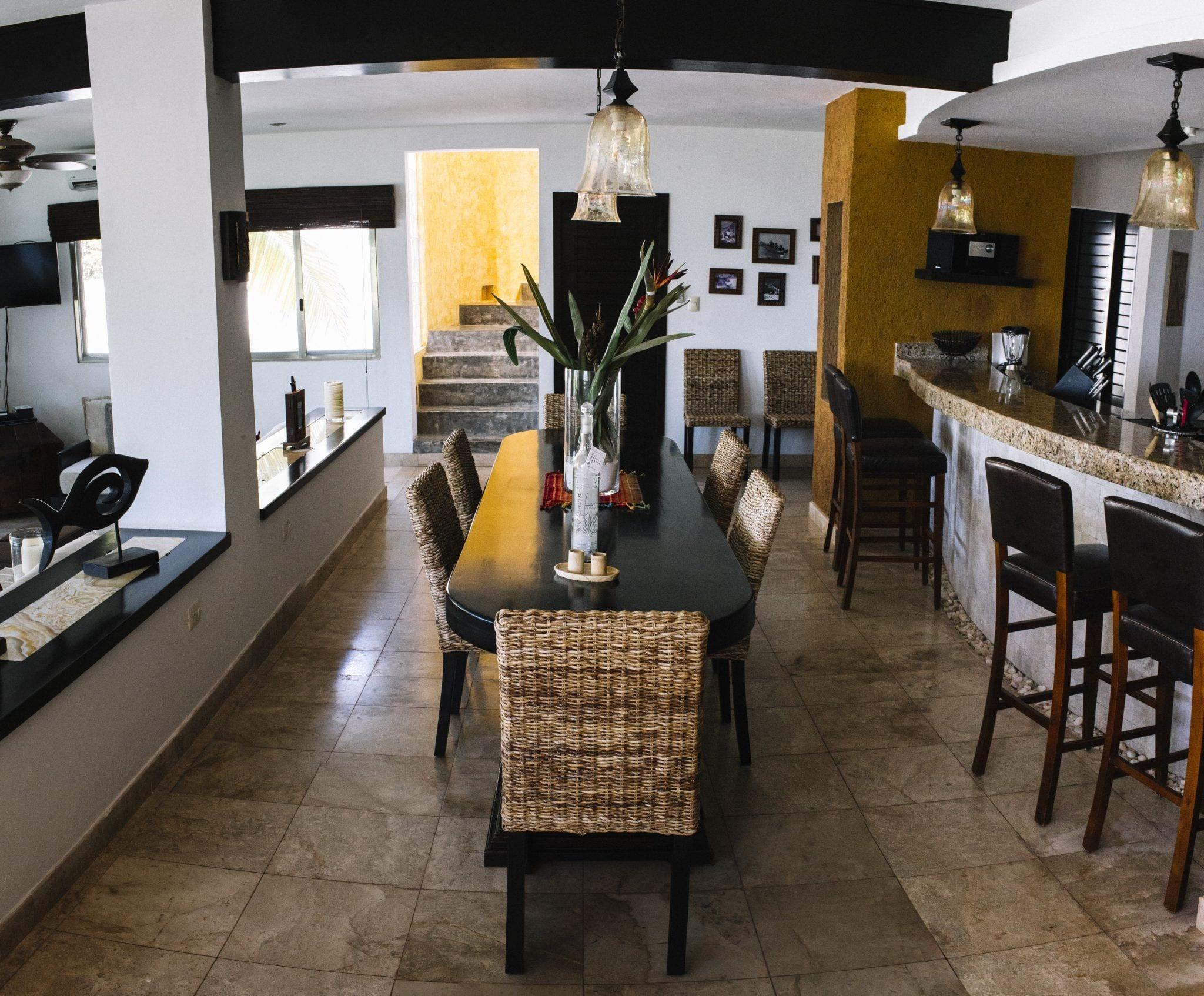 Main Villa - Dining Room