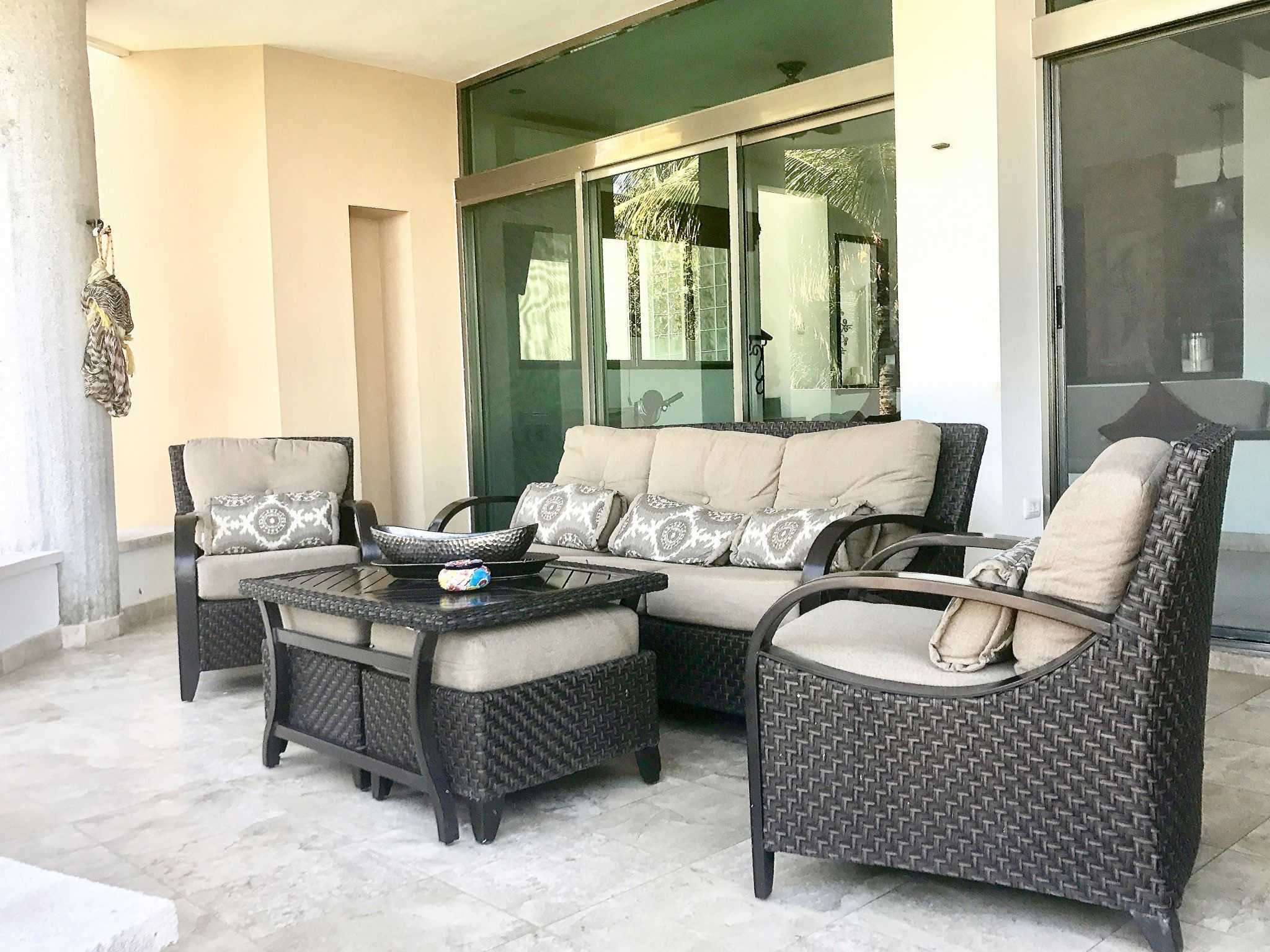 Main Villa - Dining Terrace